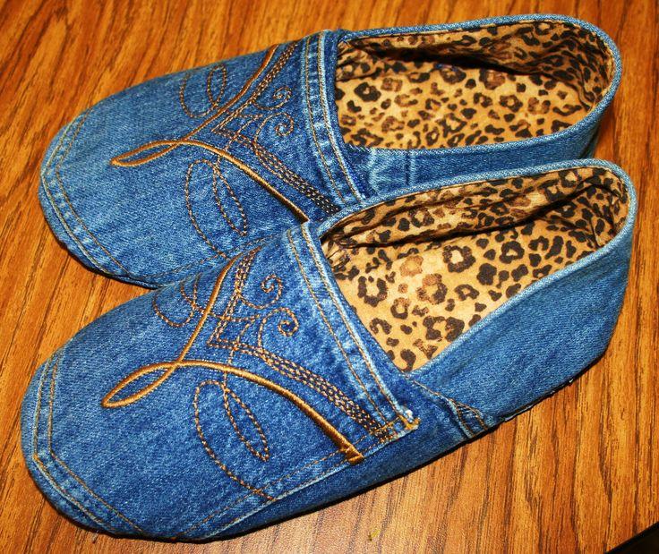 Chinelos de jeans reciclados