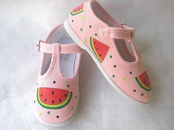 Ideias criativas pintar sapatos criança 9