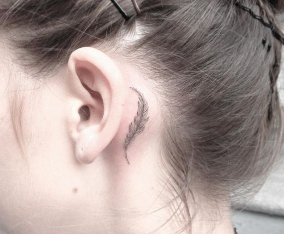 Ideias tatuagem orelha 8