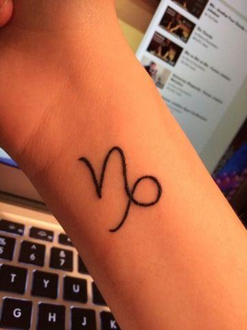 Tatuagens de Signos capricornio simbolo