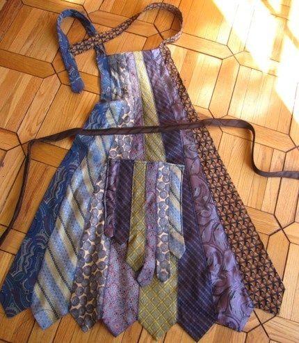 avental feito de gravatas