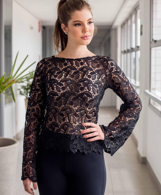 blusa renda manga comprida