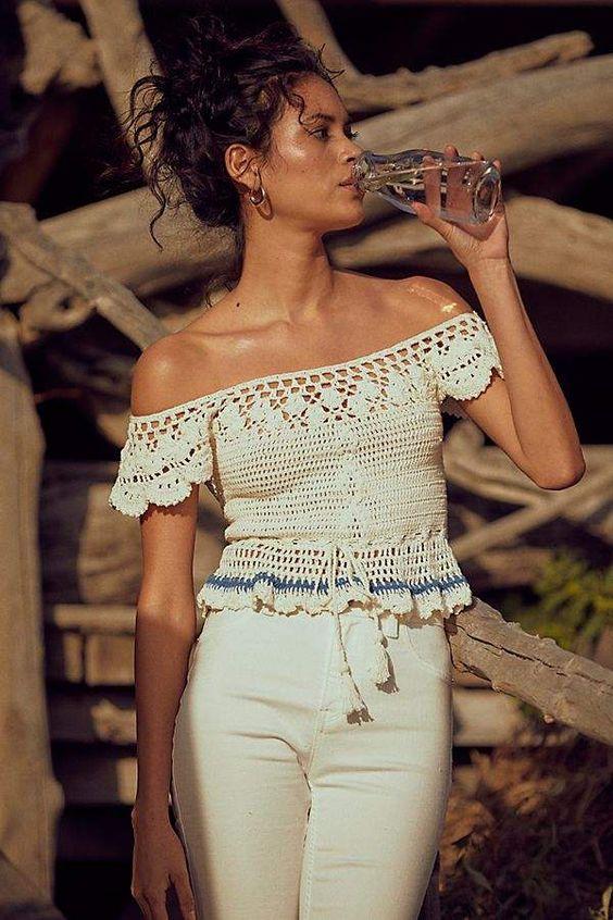 blusas croche ciganinha branca