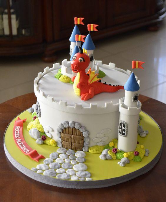 bolo castelo menino