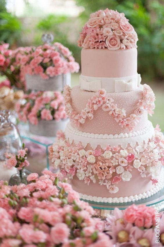 bolo de noiva casamento rosa