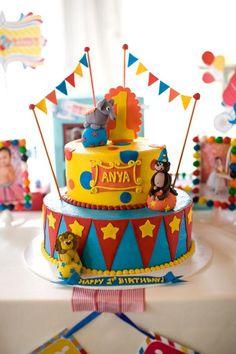 bolo decorado festa carnaval