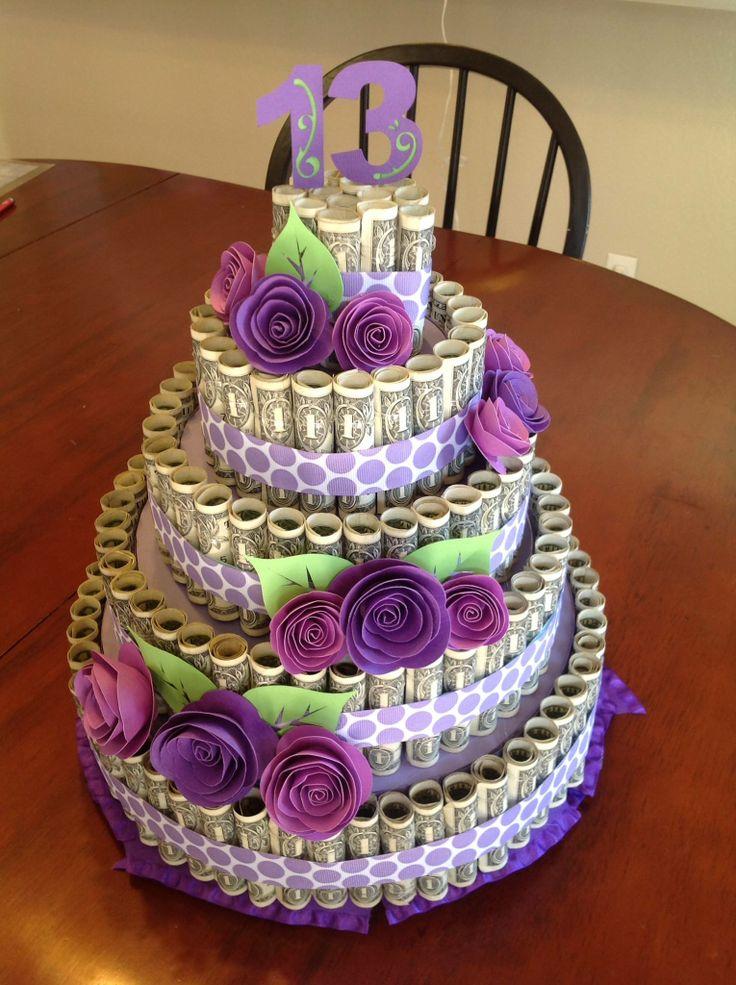 bolo feito com dinheiro