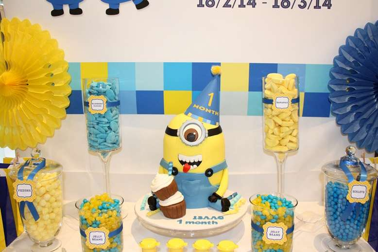 bolo festa minion