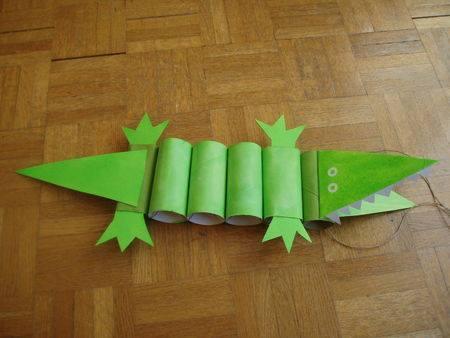 brinquedos rolos de natal crocodilo