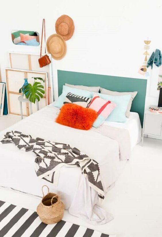 cabeceira de cama pintada 4