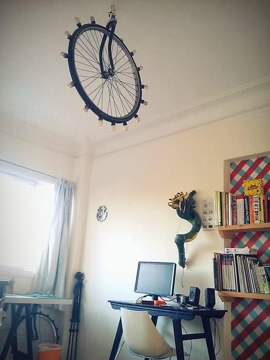 candeeiro feito com rada bicicleta