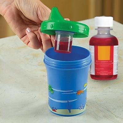 copo para dar medicamentos