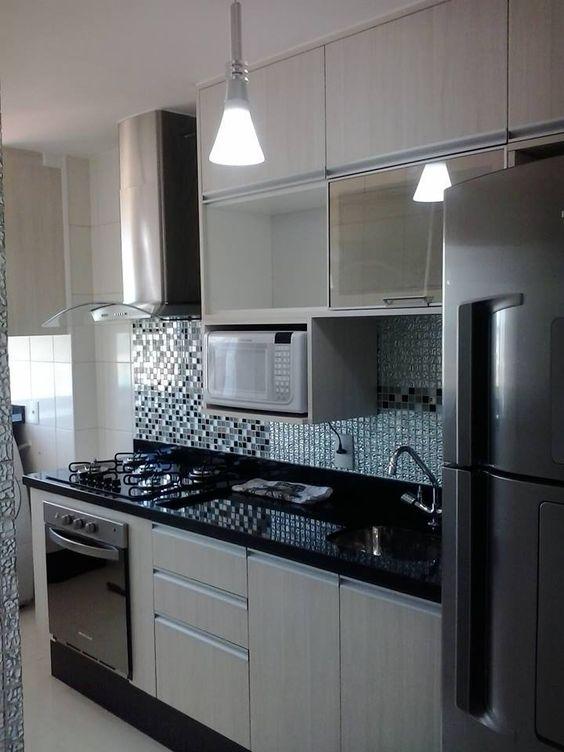 cozinha pequena decorada preta