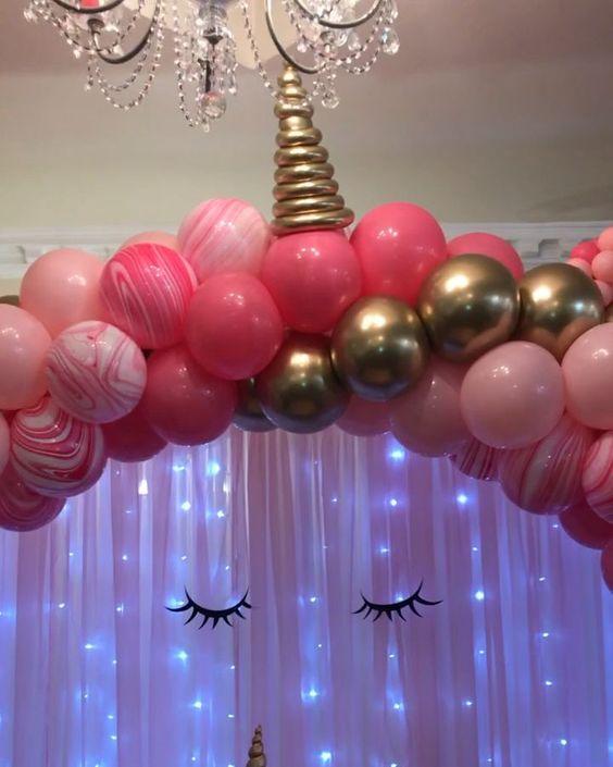 decoracao com baloes dia das criancas arco unicornio
