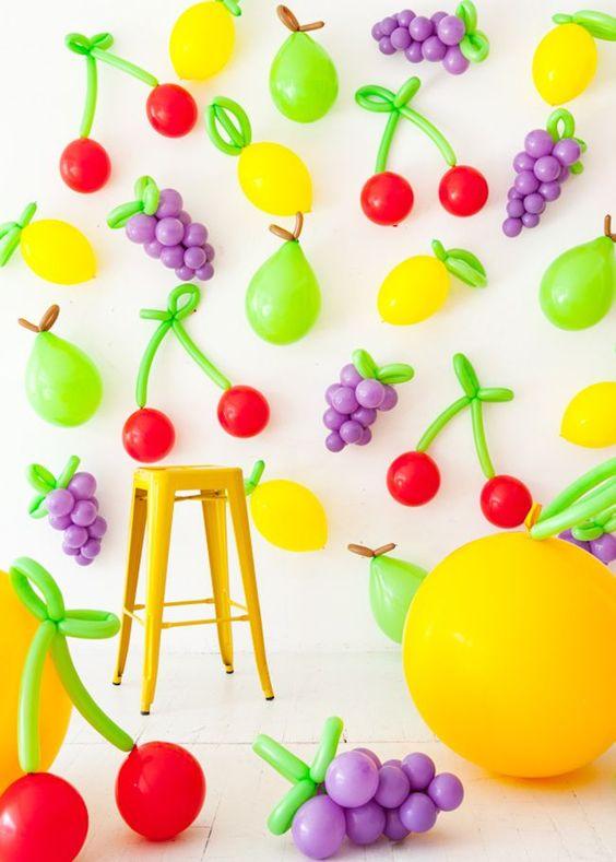decoracao com baloes dia das criancas enfeites frutas