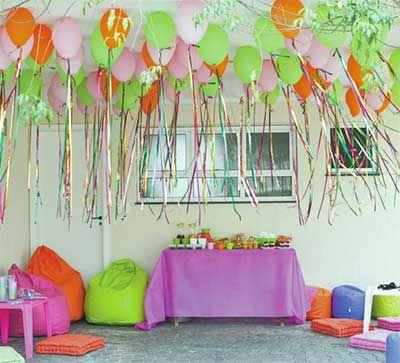 decoracao com baloes dia das criancas teto colorida