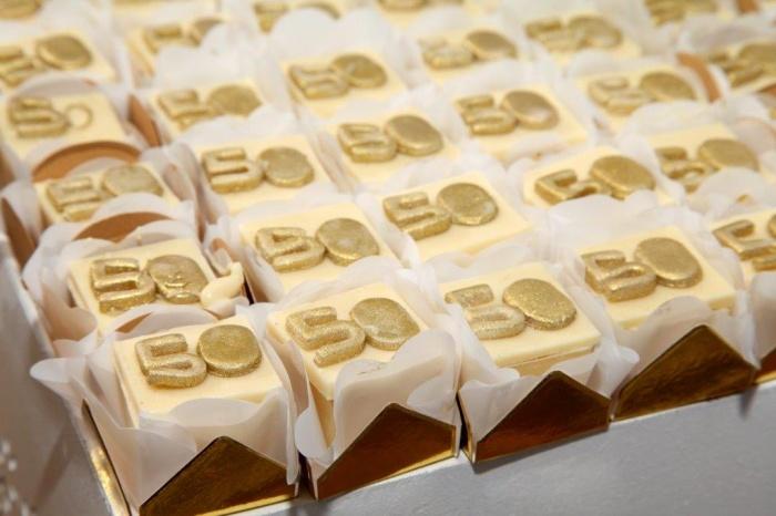 decoracao de bodas de ouro 2