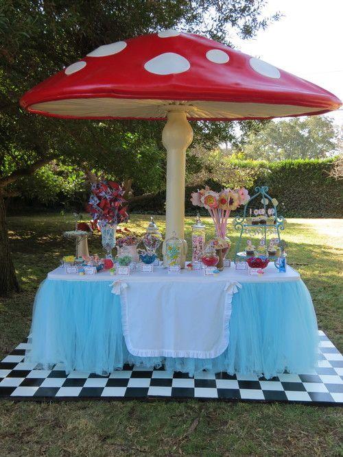 decoracao-festa-alice-pais-maravilhas-1