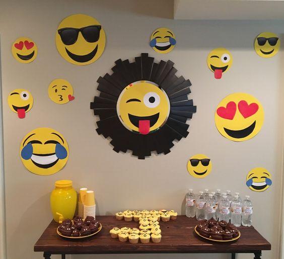 decoracao festa emoji 1