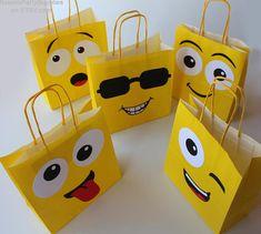 decoracao festa emoji 14