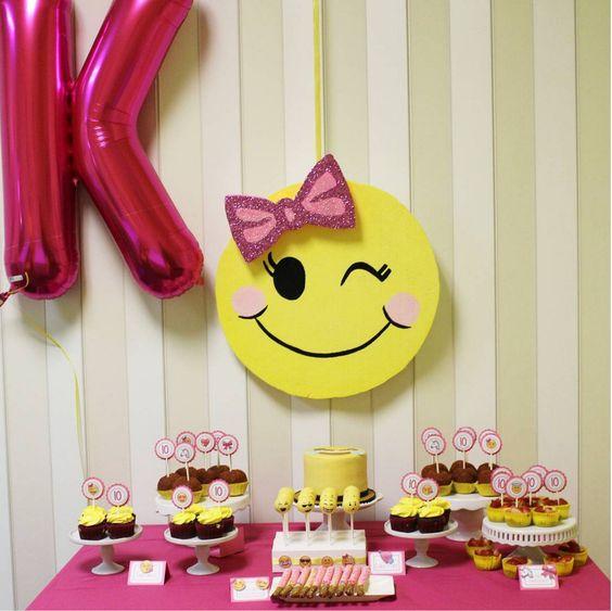 decoracao festa emoji 2