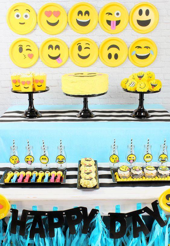 decoracao festa emoji