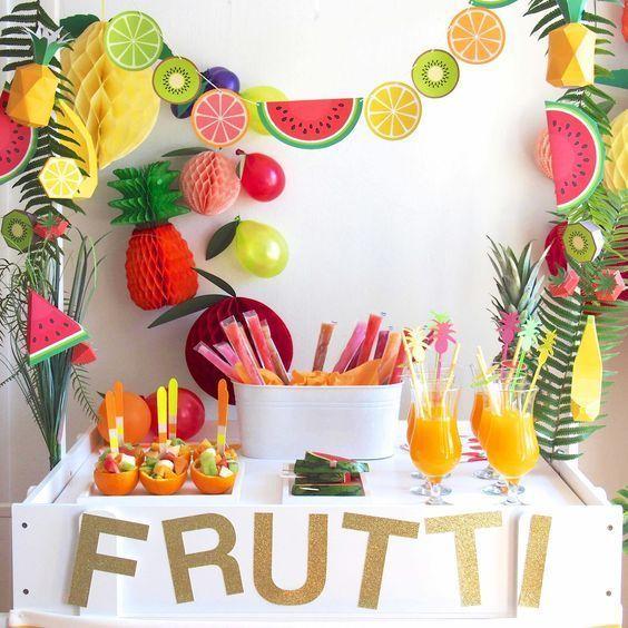 decoracao festa fruta parede