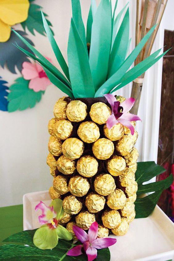 decoracao festa havaiana bolos