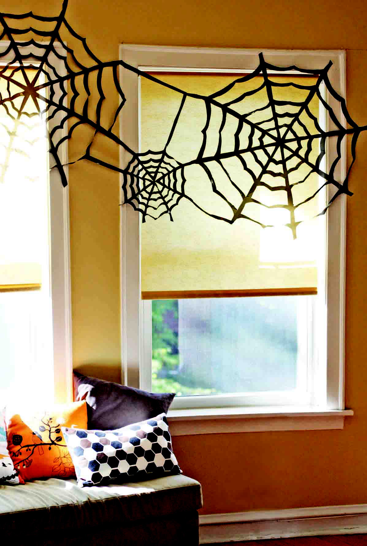 halloween26 - It's cheap and easy to turn a garbage bag into a spider web Halloween decoration. - Photo credit: Jessica Jones (can also be used on wire)