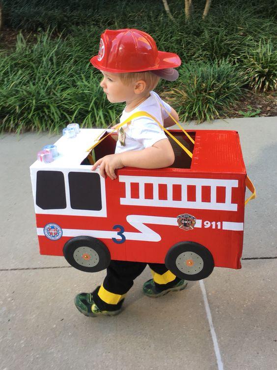 diy fantasia carnaval papelao bombeiro