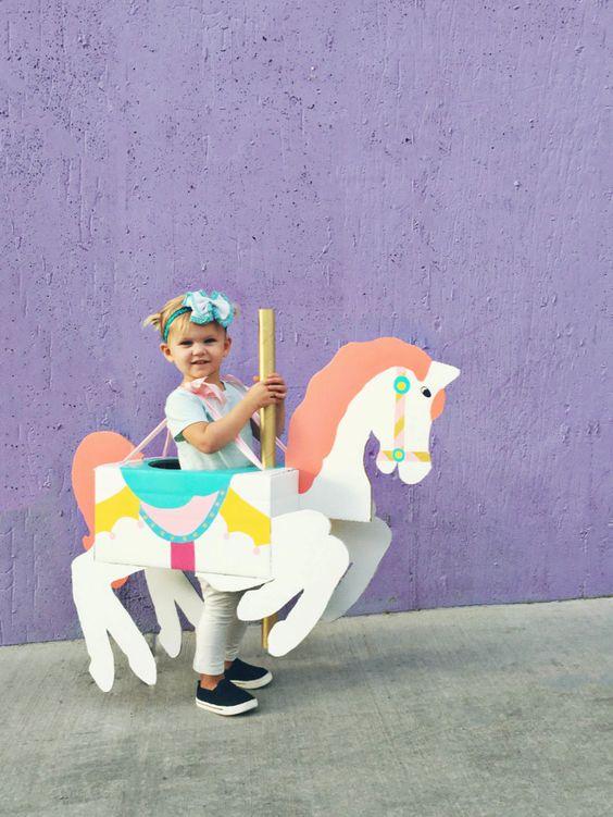 diy fantasia carnaval papelao unicornio