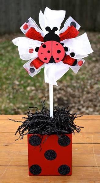 ideias decoracao festa ladybug centro mesa