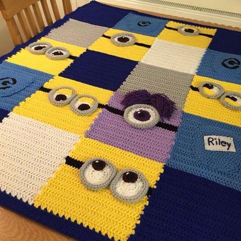 manta crochet minion