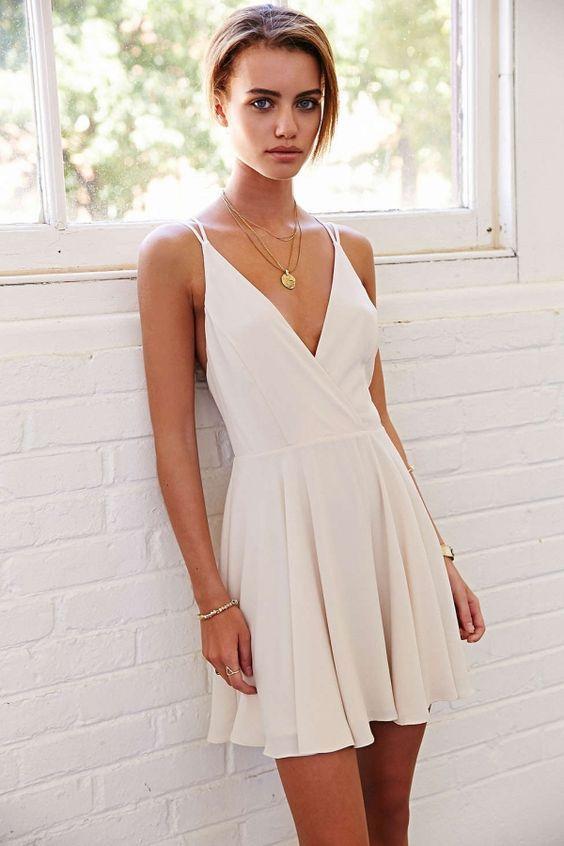 modelo como usar vestido alcinhas festa branco