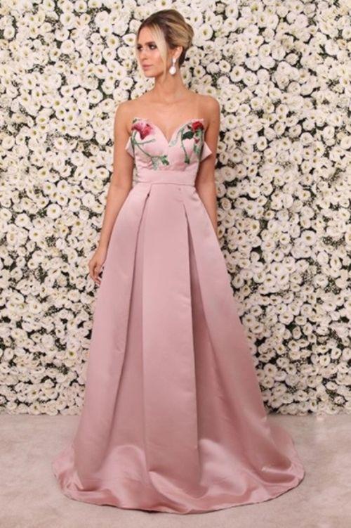 modelo vestido festa rosa