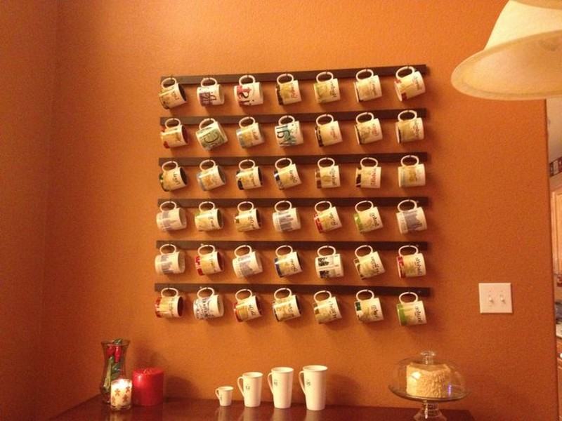 parede para arrumar canecas