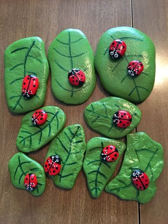 pedras pintadas animais joaninha