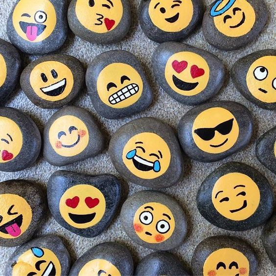 pedras pintadas emojis criativas