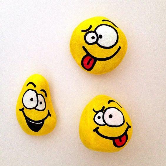 pedras pintadas emojis