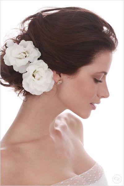 penteado cabelo noiva longo flor