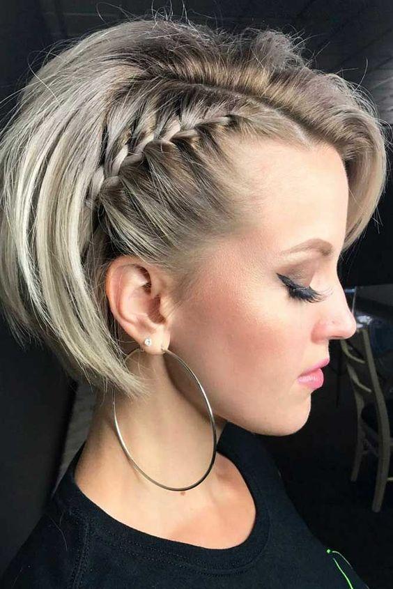 penteado simples cabelo curto tranca