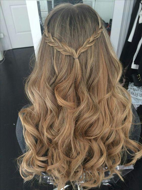penteado simples cabelo longo tranca