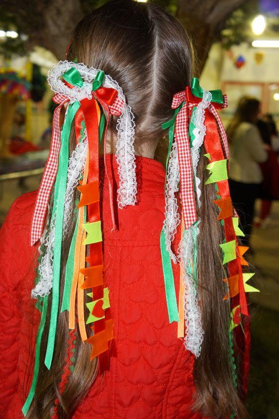 penteados festa junina cabelo longo fitas