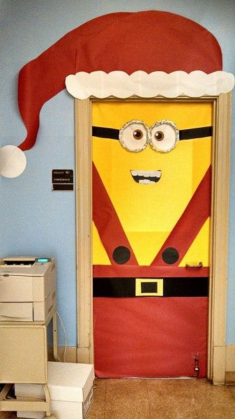 porta natal decorada minion