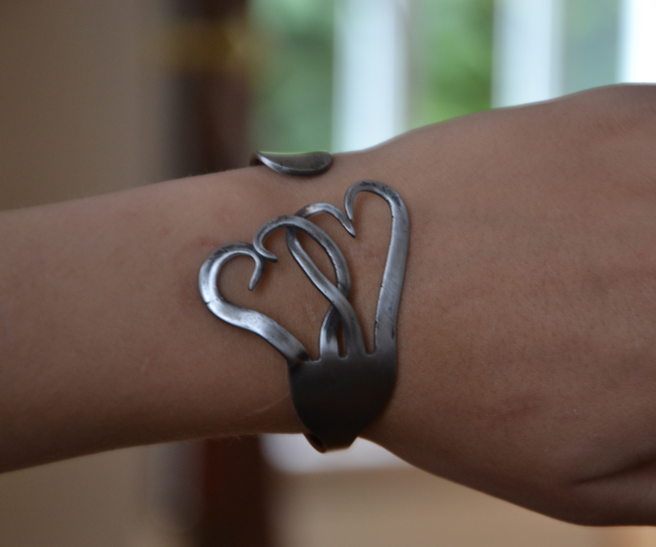 pulseiras com garfos