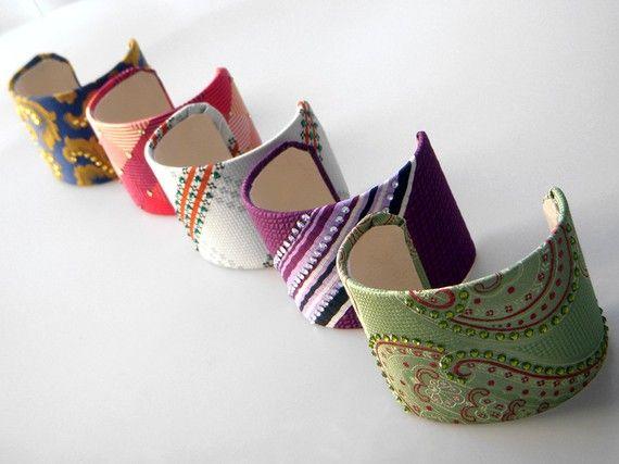 pulseiras de gravatas