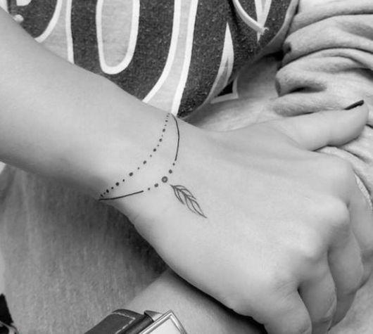 tatauagem feminina pulso bracelete