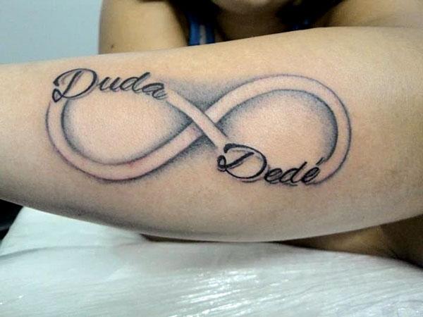 tatuagem simbolo infinito nome dos filhos