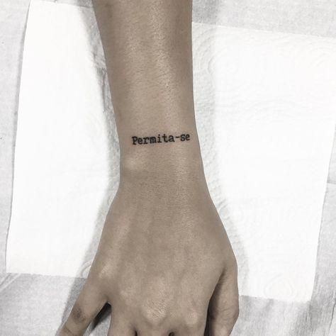 tatuagens escritas pulso 3