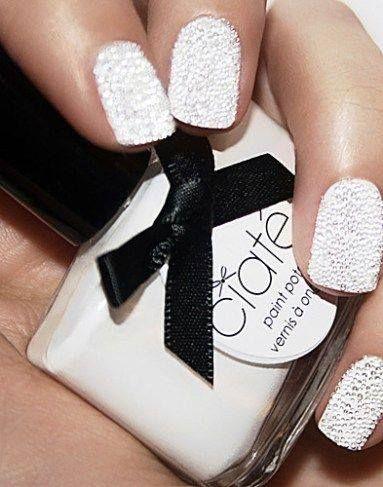 unhas decoradas caviar branco